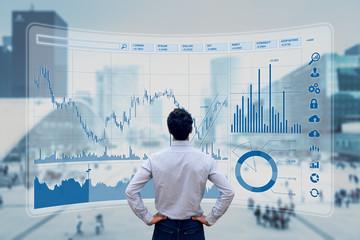 株式投資を始めるようとする教員の画像